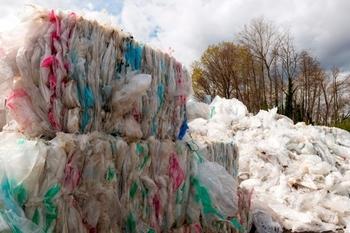 La Suisse gagne un accord sur les déchets plastiques